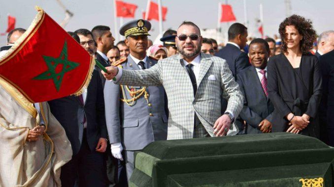 Le Roi Mohammed VI, à la Commune Ghessate au lancement des travaux de réalisation de la Centrale Noor Ouarzazate IV