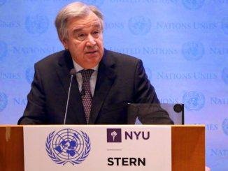 Le Secrétaire général de l'ONU, António Guterres, prononce un discours à la New York University