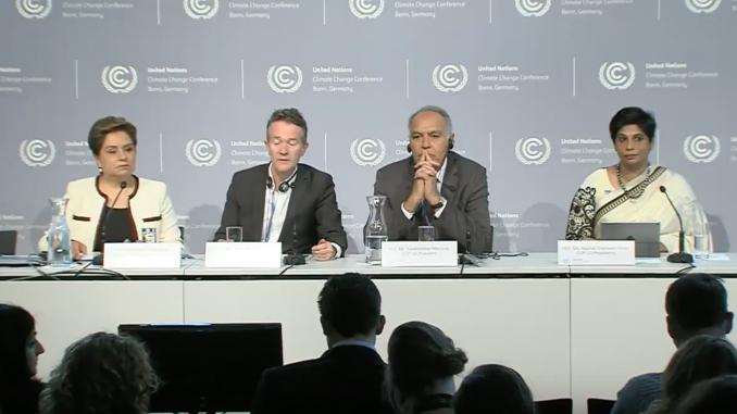 Conférence de presse d'ouverture des sessions sur le changement climatique à Bonn