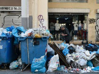 Grèce : La grève des éboueurs se poursuit dans le pays