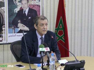 Dr. Abdeladim LHAFI lors de la conférence de La gestion des Incendies de forêt après l'Incendie de Tanger