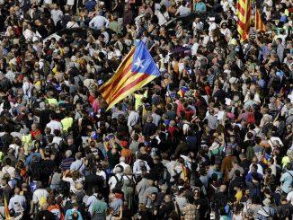 """Référendum en Catalogne: le Maroc """"avec la position espagnole"""""""