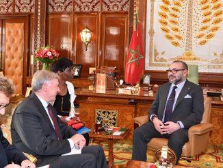 S.M. le Roi reçoit l'envoyé personnel du SG de l'ONU pour le Sahara marocain.
