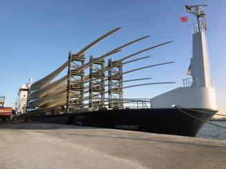 Siemens Gamesa livre ses premières pales construites dans l'usine de Tanger pour le parc éolien Aftissat