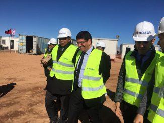 Mustapha Bakkoury, Président de Masen et Lantoniaina RASOLOELISON Ministre de l'Eau, de l'Energie et des Hydrocarbures du Madagascar