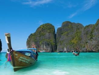 La Thaïlande ferme la célèbre baie Maya pour permettre aux coraux, abîmés par le tourisme de se régénérer