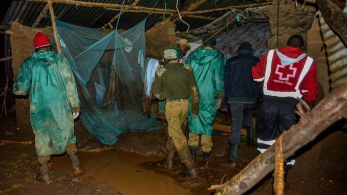 Rupture d'un barrage au Kenya : le bilan s'alourdit à 41 morts