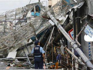 Le typhon Jebi fait onze mort, l'aéroport d'Osaka à l'arrêt