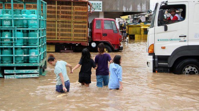 Le bilan provisoire de la tempête Usman aux Philippines grimpe à 85 morts