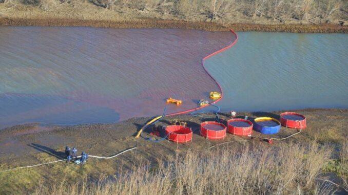 Pollution dans l'Arctique : la justice russe impose une amende record au  groupe minier Norilsk Nickel - Le Vert